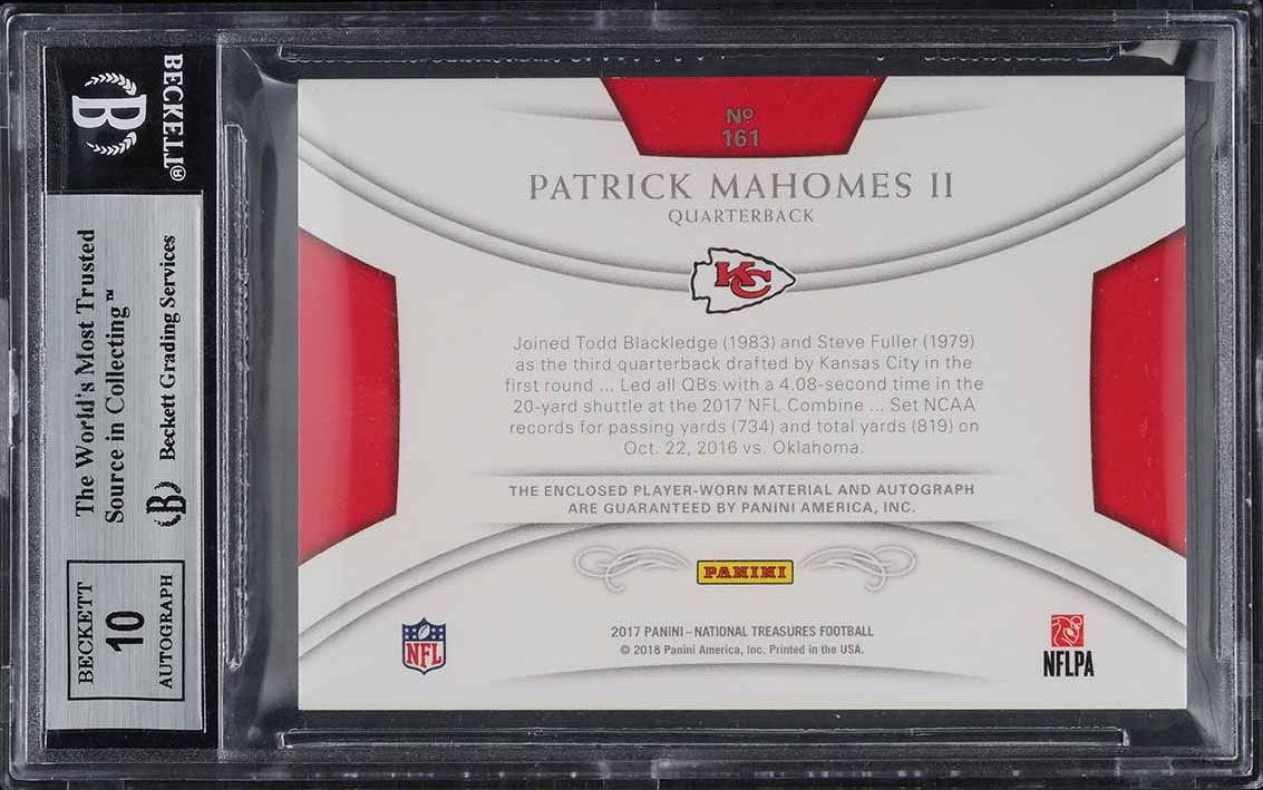 2017 National Treasures Green Patrick Mahomes ROOKIE RC PATCH AUTO 15/15 BGS 9 - Image 2