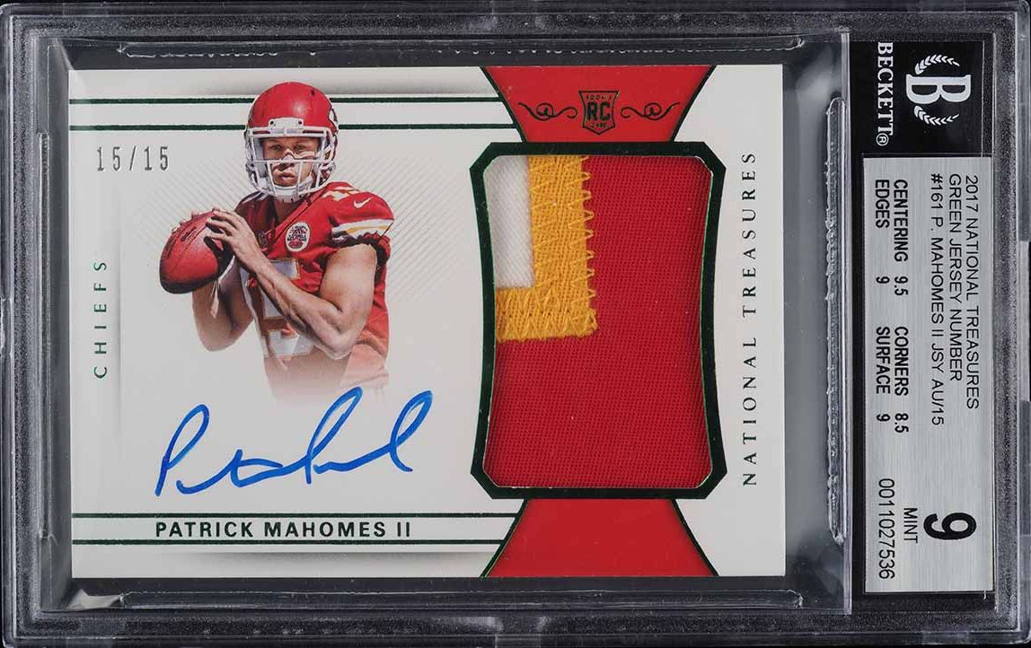 2017 National Treasures Green Patrick Mahomes ROOKIE RC PATCH AUTO 15/15 BGS 9 - Image 1